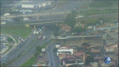 Veja imagens do trânsito nas avenidas Paralela, Luís Eduardo e ACM - Confira no Radar do JM.