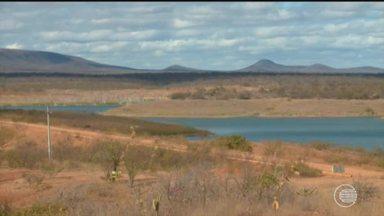 Conheça o cotidiano das cidades que vivem racionamento de água no Sul do Piauí - Conheça o cotidiano das cidades que vivem racionamento de água no Sul do Piauí