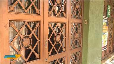 Moradores de Apucarana estão sem o serviço do Ministério do Trabalho - O único servidor da agência está de férias e não foi substituído.
