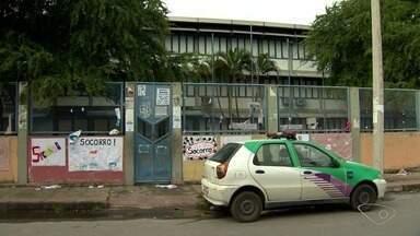 Professores protestam contra insegurança em Novo Horizonte, na Serra, ES - Secretário de Defesa Social da Serra disse que nesta quinta a escola vai funcionar e com segurança.