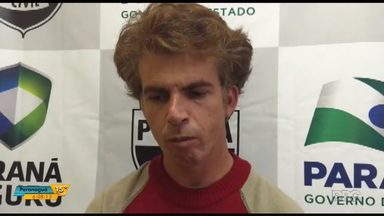 Homem é preso em Foz do Iguaçu acusado de matar namorada com taco de beisebol - Ele confessou que cometeu o crime na quinta-feira de madrugada, em Ponta Grossa.