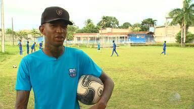 Talisca aproveita as férias para comandar o próprio time de futebol - Veja na reportagem do esporte no Bahia Meio Dia.
