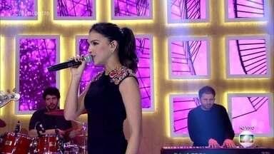 Mariana Rios canta 'You Oughta Know' - Atriz canta desde os 7 anos e é uma das estrelas do 'PopStar'