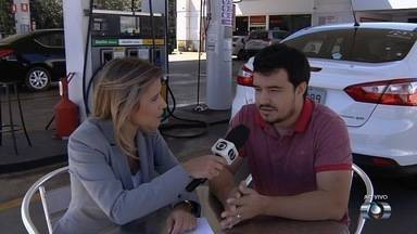 Preço dos combustíveis deve subir ainda mais em Goiás, diz sindicato - Aumento do ICMS vai influenciar no preço dos produtos.