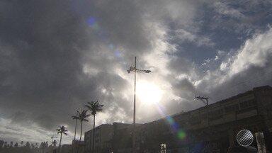 Cresce número de municípios baianos que estão em situação de emergência por causa da seca - No interior a estiagem preocupa, mas na capital e no litoral o clima segue chuvoso. Saiba mais detalhes na previsão do tempo.