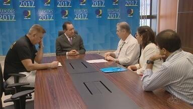 Rede Amazônica apresenta ao TRE-AM balanço da cobertura feita na eleição - Balanço foi entregue ao presidente do órgão.