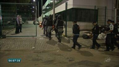 Presos realizam motim em delegacia de Fortaleza - Saiba mais em g1.com.br