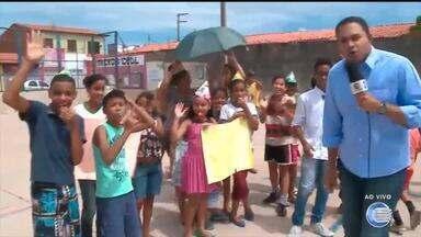 Moradores da Vila da Paz esperam reforma em quadra há 18 anos - Moradores da Vila da Paz esperam reforma em quadra há 18 anos
