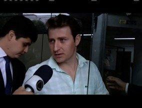 Empresário foragido há quatro meses se apresenta à Polícia Federal em Valadares - Carlos Hélder Lázaro teve prisão decretada pela operação Mar de Lama