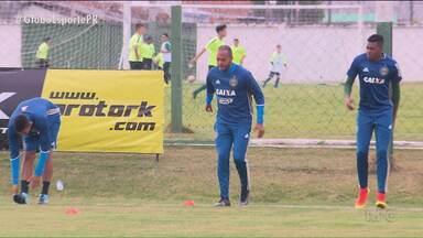 Titular diante do São Paulo, Alecsandro acredita no Coritiba - Com mais uma chance para começar jogando, atacante garante que o Coxa vai sair das últimas posições e lutar por uma vaga na Taça Libertadores