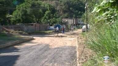 Moradores pedem finalização de obras em rua de Belford Roxo - Essa é a 18ª vez que o RJ Móvel estaciona da Rua Sete, no Jardim Cristina.