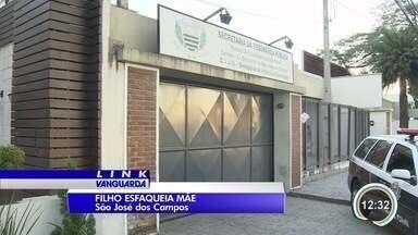 Menino de 12 anos é detido após dar facada na mãe em São José dos Campos - Crime aconteceu no bairro Campos de São José nesta quarta-feira (2). Eles teriam discutido pelo envolvimento do jovem com o tráfico de drogas.