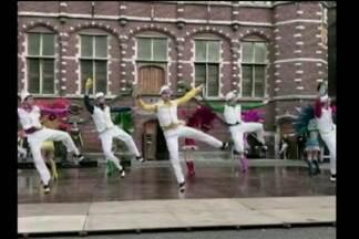 Grupo GEMP está na 10ª Turnê Internacional - Jornal do Almoço acompanha a viagem dos bailarinos pela Europa.