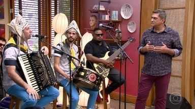 Fulô de Mandacaru, banda vencedora do SuperStar, relembra clássicos do forró - Luiz Gonzaga e Elba Ramalho estão no repertório da banda