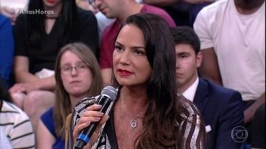 Luiza Brunet fala sobre superação no Altas Horas - A atriz mostrou sua preocupação acerca da questão da violência doméstica