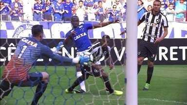 Melhores momentos de Cruzeiro 0 x 0 Botafogo pela 19ª rodada do Campeonato Brasileiro - Melhores momentos de Cruzeiro 0 x 0 Botafogo pela 19ª rodada do Campeonato Brasileiro