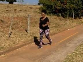Mulher perde 27 quilos com alimentação saudável e atividade física - Ana é destaque no quadro Perdendo Peso, Ganhando Saúde.
