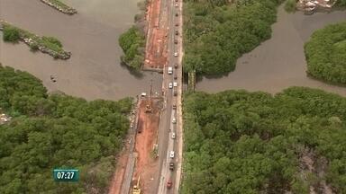 Obra na Ponte do Janga causa engarrafamento em Paulista - Prefeitura diz que aguarda recursos do governo do estado para finalizar obra.