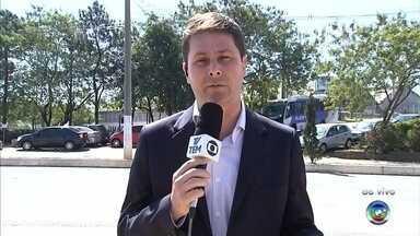 Funcionária percebe furto em cofre de banco em Itupeva - Uma funcionária do Banco do Brasil, em Itupeva (SP), descobriu na manhã desta segunda-feira (7) que o cofre do banco foi furtado.