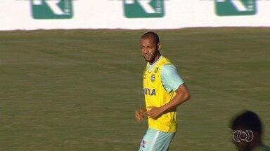 Ramires ganha nova oportunidade no Goiás; Jean Carlos é reintegrado - Argel promove mudanças no time titular e dá chance a atletas pouco utilizados
