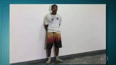 Polícia prende dois bandidos que aterrorizavam a região metropolitana do Rio - Segundo a polícia, Thiago Rodrigues da Silva, o TH, é um dos principais ladrões de carga. E Caio Felipe Rodrigues Figueiredo, o Caio Piloto, roubou carros e motos de, pelo menos, 78 vítimas