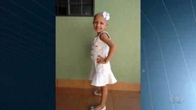 Leucemia de garota mobiliza moradores de bairro a fazerem doação de medula, em Goiânia - Cerca de 650 pessoas fizeram cadastro em uma igreja e outras 40 no Hemocentro.