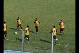Paysandu encerra preparação para partida contra o Oeste - Equipe realiza último treino na manhã desta sexta-feira, na Curuzu, e em seguida viaja até Barueri, no interior de São Paulo.