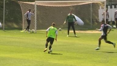 Galo se reapresenta após eliminação na Libertadores: só reservas em campo - Galo se reapresenta após eliminação na Libertadores: só reservas em campo