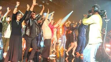 Veja os bastidores da gravação da nova vinheta do 'Dança dos Famosos' - Ex-participantes entraram na dança novamente