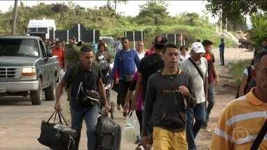 Crise na Venezuela atravessa a fronteira e chega ao Brasil com o drama dos refugiados - O repórter José Roberto Burnier mostra a situação na cidade de Pacaraima, em Roraima, onde o número de moradores dobrou com a chegada dos venezuelanos.