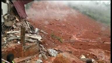Número de mortos em deslizamento em Serra Leoa pode passar de 300 - Chuvas fortes provocaram uma tragédia em Serra Leoa, no oeste do continente africano. O deslizamento foi causado por fortes chuvas.