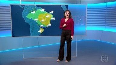Pode chover em grande parte do país nesta terça-feira (15) - O tempo deve mudar porque a massa de ar seco começou a perder força.