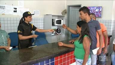 Mudança no sistema de registro em delegacias dificulta atendimento em São Luís - Sistema anterior da Polícia Civil ficou fora do ar desde a semana passada e está sendo preciso entrar na fila para pegar senhas, das quais apenas dez são distribuídas por dia.