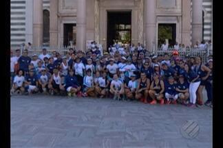 Meia Maratona do Rio de Janeiro terá bicolores e azulinos - Dois grandes grupos de corrida de rua de Belém se preparam para a competição com rivalidade e bom humor.