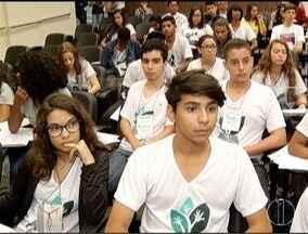 Estudantes da região participam do programa 'Parlamento Jovem' em Montes Claros - O projeto existe desde 2004.