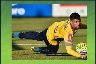 Goleiro Gabriel Brazão é convocado para treinos e amistosos com Seleção Brasileira sub-17 - O jogador uberlandense defende o Cruzeiro e foi convocado para dez dias de treinamento com a seleção de base, na Inglaterra
