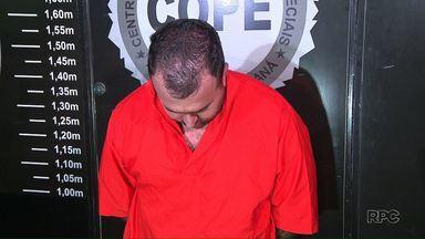 Polícia prende homem suspeito de ter participado de assalto a carro-forte - O crime foi no fim do mês passado, na BR-277. Junto com o suspeito a polícia encontrou 228 mil reais.