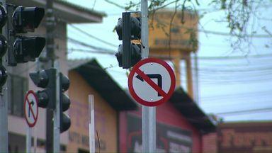 Avenida Barão do Rio Branco está quase pronta - Os motoristas precisam ficar atentos na nova sinalização de trânsito.