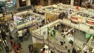 Feira voltada para estudante é realizada em São Luís - Objetivo da feira é ajudar alunos na escolha da profissão e da carreira a seguir
