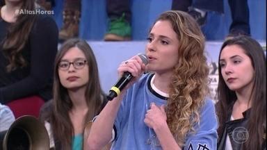Carol Duarte comenta carinho do público com Ivana - Serginho Groisman mostra cenas da atriz em 'A Força do Querer'