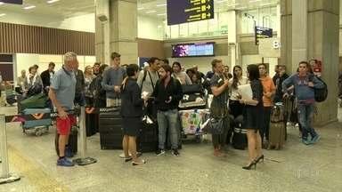 Pane faz voo para Alemanha retornar ao Galeão - Avião da Lufthansa saiu do Galeão por volta das 22h e precisou voltar ao aeroporto três horas depois.