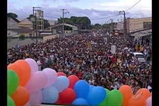 Parada LGBT de Ananindeua abordou a importância do nome social - Domingo foi de animação, música, mas também de pedido por mais respeito à comunidade LGBT de Ananindeua.
