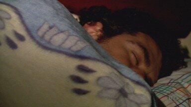 Dormir pouco pode trazer riscos à saúde e aumentar dores crônicas - Dormir pouco pode trazer riscos à saúde e aumentar dores crônicas