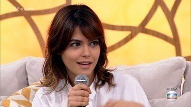 Julia Dalavia emagreceu 8 quilos para personagem de supersérie - Atriz começou a fazer reeducação alimentar três meses antes do início das gravações de 'Os Dias Eram Assim'