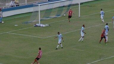 Botafogo-SP perde para o Macaé-RJ com placar de 3 a 2 - Alvianil Praiano joga nos erros da Pantera, que teve Vinicius Simon expulso no segundo tempo.