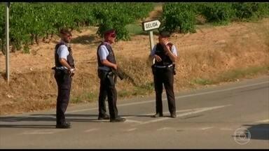 Principal suspeito do ataque em Barcelona foi morto a tiros - Uma operação policial foi feita na cidade de Subirats, a 50 quilômetros de Barcelona. Um homem estaria usando um cinto de explosivos e foi baleado. Ele era o suspeito foragido Younes Abouyakoub, um marroquino de 22 anos.