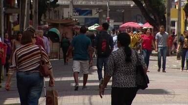 Taxa de desemprego em Pernambuco chega a 18,8%, a maior do país - De acordo com o IBGE, 767 mil pessoas foram demitidas no estado em abril, maio e junho.
