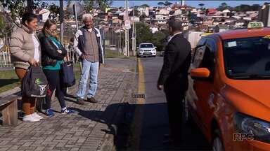 Taxistas se reúnem para definir protestos contra a regulamentação de aplicativos - Muitos taxistas estão dando descontos como forma de protesto.