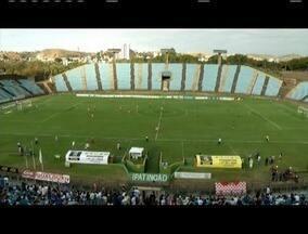 Jogando em casa, Ipatinga vence e garante vice-liderança na segundona - Time ganhou com gol nos acréscimos, artilheiro Paulo Henrique marcou os dois do Tigre.