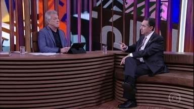 Luís Roberto Barroso afirma que política vive um momento de desprestígio - Ministro também fala sobre a judicialização da vida